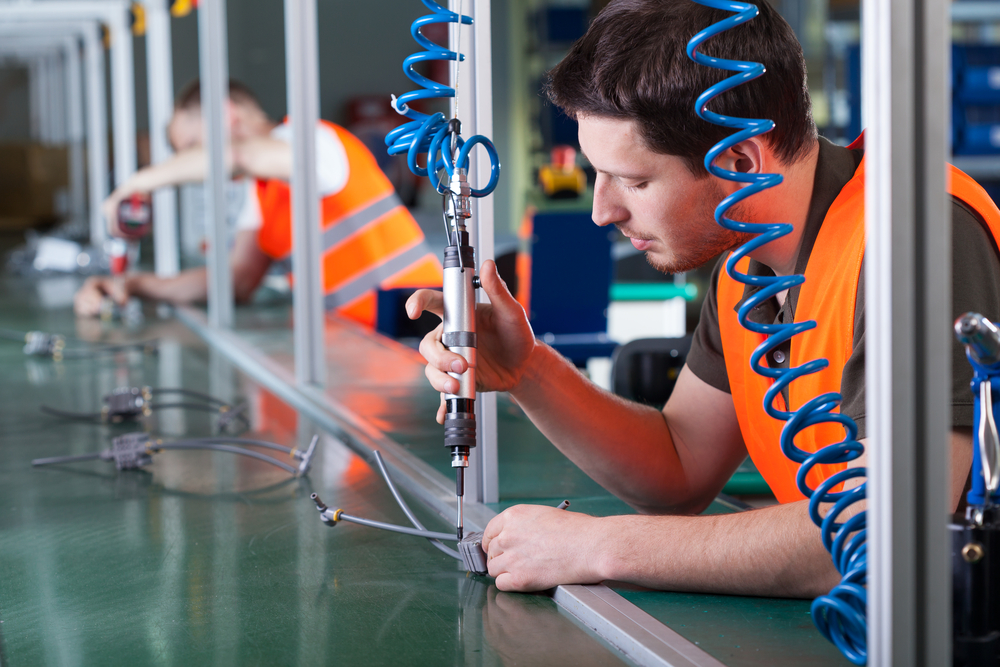 5 Ideas for Reskilling Your Manufacturing Workforce Amid the COVID-19 Crisis