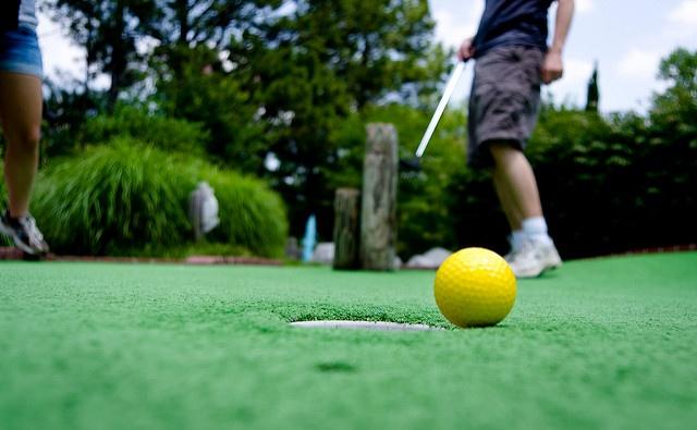 miniature golf.jpg